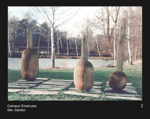 """עמנואלה קמצ'י.. גן פרי. 2004. עץ. 300x180x300 ס""""מ. עיריית מוריצבורג, גרמניה www.camacci.altervista.org"""