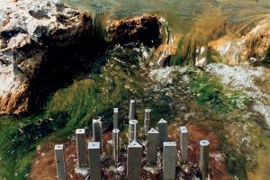 ולדימיר נסדקין. 1999. הארכיטקטורה של המים 1. מתכות,אבן. רוסיה. www.nasedkin-badanina.com